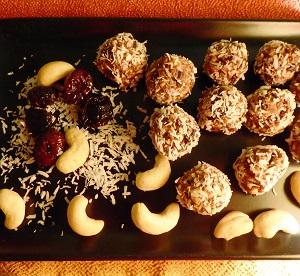 Balls de cranberries aux noix de cajou